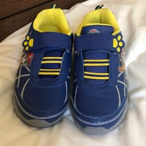 Paw patrol boys sneakers toddler size 11